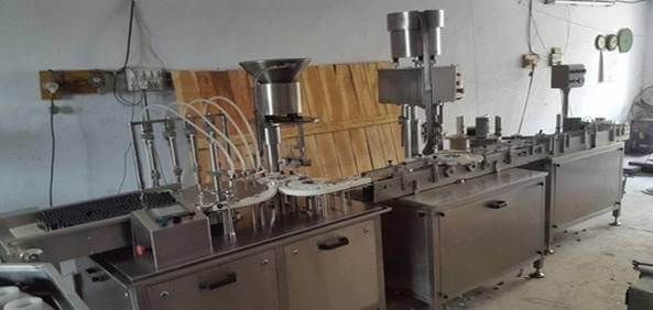 Vial Filling Stopeering Machine