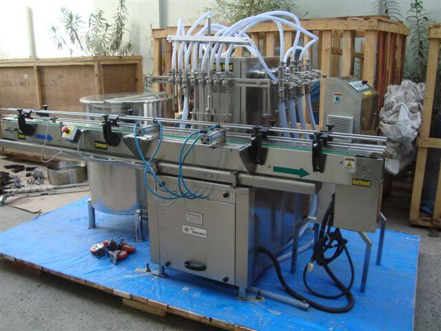 Eight Head Filling Machine