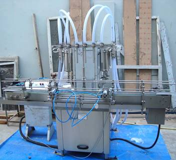 Six%20Head%20Liquid%20Filling%20Machine